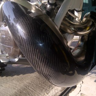 Jual guard header carbon ktm 200.250.300 two stroke