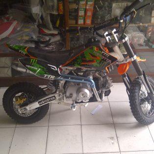 mini moto ttr 110 cc 4 tak MATIC hrg 7,5 jt