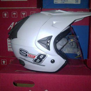 helm TRIAL adventure merk alice.x racer uk all size wrna putih hrg 275rb