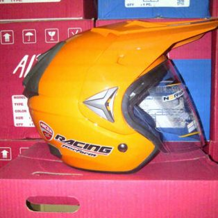 helm trail adventure merk x racer/alice hrg 275 rb