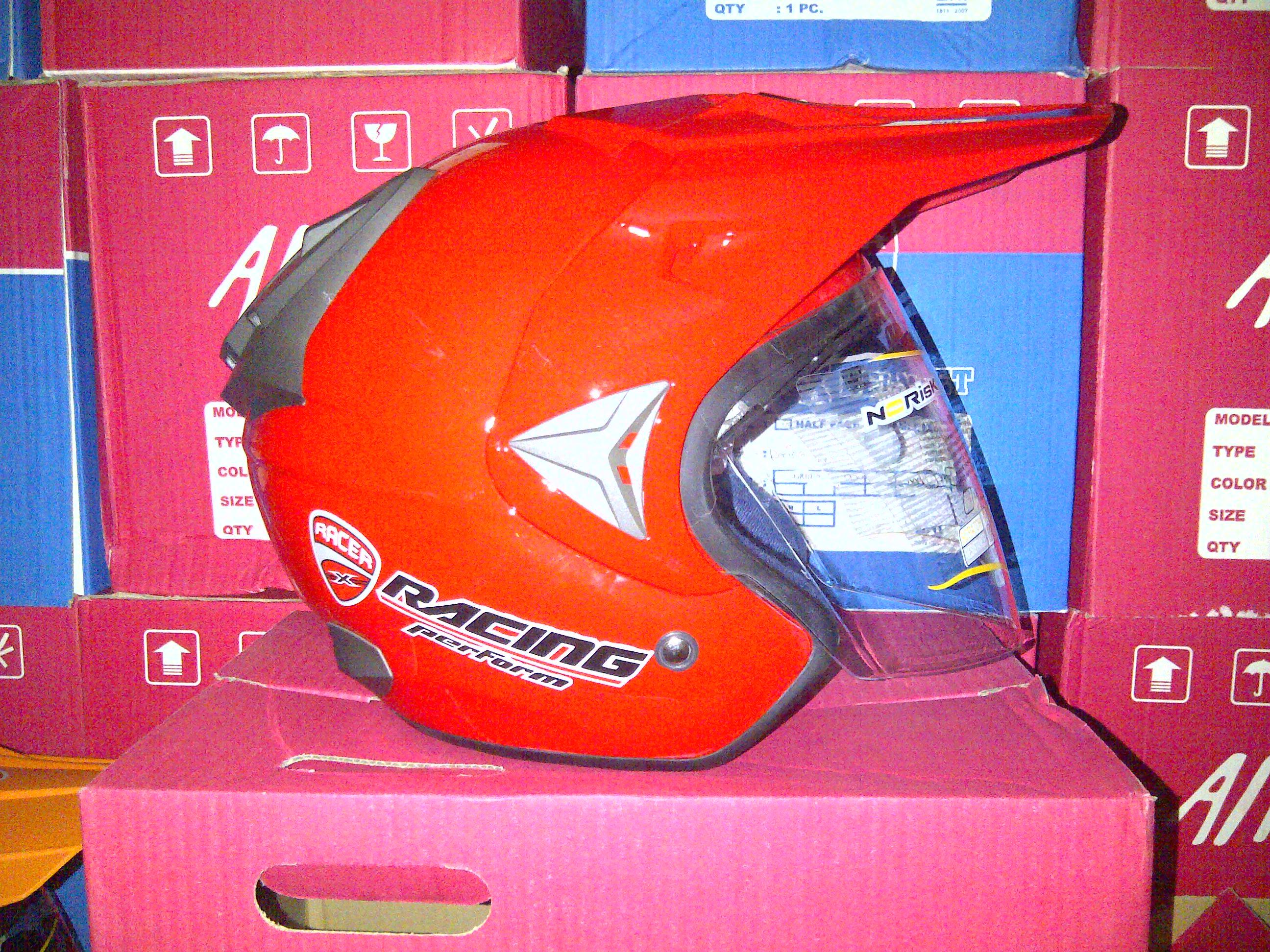 IMG 20141016 00327 helm trial adventure hrg 275 rb wrna merah mengkilap uk all size