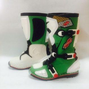 Jual Sepatu cros merk GORDON