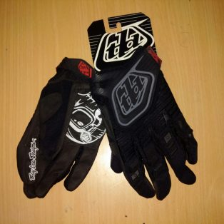 Jual Glove/sarung tangan motor trail merk TLD made in china