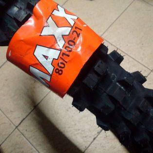 Jual ban trail : BAN MAXXIS uk 21 80/100 51M Rp.960,000 untuk depan