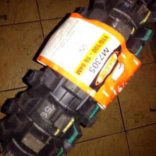 Jual BAN Trail Merk MAXXIS M7305 uk 18 lebar 110/100 Rp.1,060,000 untuk ban belakang