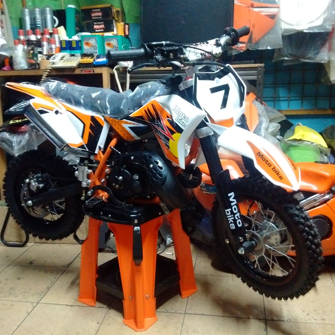 Jual Mini Moto SE 50CC untuk anak merk NEW NRG moto bike ukuran ban depan 12 ban belakang ukuran 10 pelek almunium mesin 2 tak MATIC tinggal Gass Rp.7,950,000