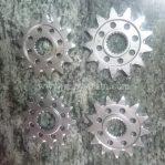 Jual Gear depan ktm/husq/honda/yamaha/kawasaki   uk 13 rantai 520 Rp.225.000