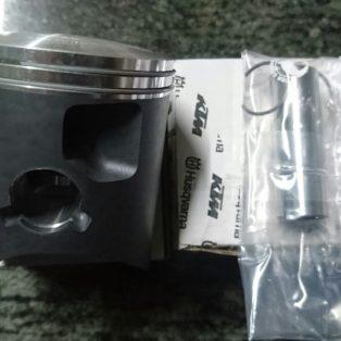 Jual Piston + ring ktm 250 Exc/xc th 2011/19 husqvarna te 250 th 2014/19 Rp.3.680.000 wa 0815.1332.5316/ 0878.89.100.200