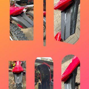 Jual Lampu belakang honda  crf 150 l dua warna hitam dan merah Rp.90.000